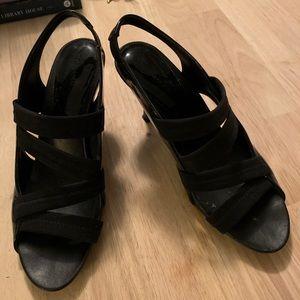 Donald Pliner Black Strappy heel